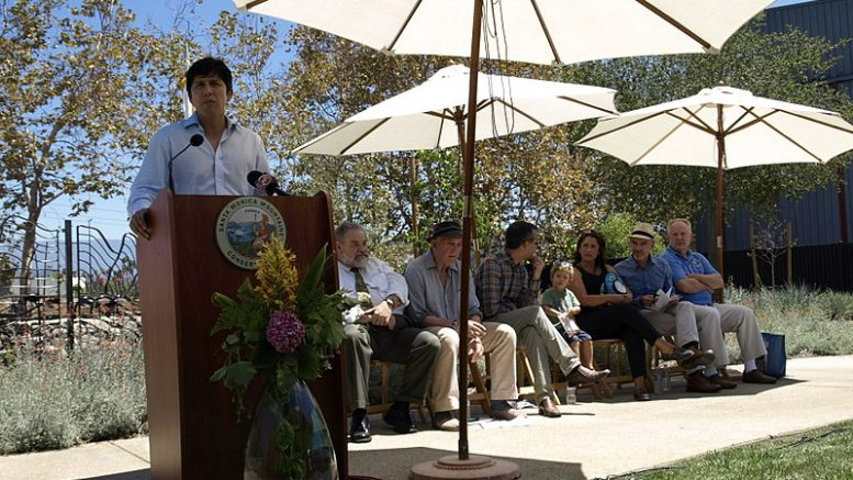 Senator Kevin de León will be at Steins Beer Garden and the Quinlan Community Center in Cupertino on April 18.