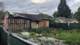 The nation marvels at tear-down homes in Silicon Valley.